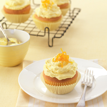 Lemon Curd Cupcakes with Lemon Buttercream